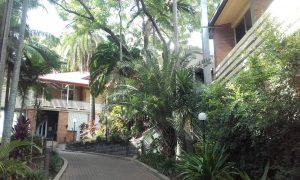 Bâtiments extérieurs & plantes